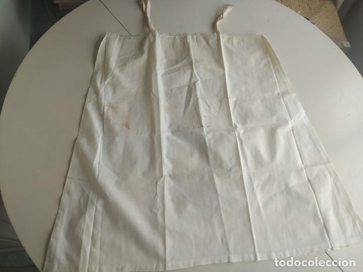 Antigüedades: Lote de dos camisas camisetas interiores de mujer. Algodón. Principios s. XX - Foto 9 - 220298776