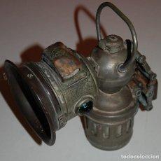 Antigüedades: FAROL LINTERNA DE CARBURO PARA BICICLETA SOBRE 1900 INGLESA MARCA MONARCH. Lote 220299520