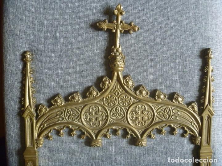 Antigüedades: ANTIGUA SACRA DOBLE DE BRONCE ESTILO GÓTICO OPORTUNIDAD - Foto 2 - 220462913