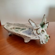 Antigüedades: CERÁMICA VIDRIADA ALBERTO THIRY EXCLUSIVA EDICIÓN LIMITADA GLAZED CERAMIC PINTRAY DEPICTING COW. Lote 220508158