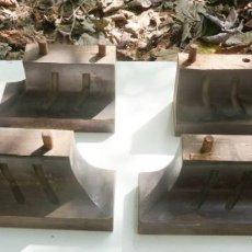Antigüedades: PATAS ARMARIO, DE CAOBA. Lote 220526036