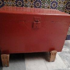 Antigüedades: BAÚL PINTADO FINAL S XIX. Lote 220531625