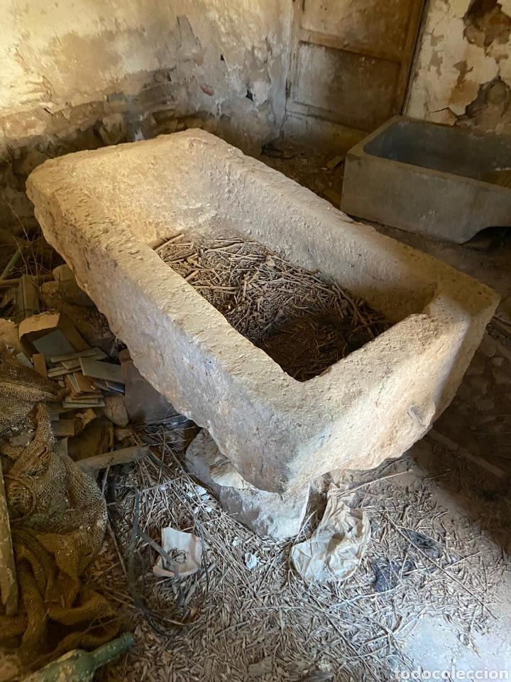 Antigüedades: Pila de lavandera antigua de piedra - Foto 2 - 220570311