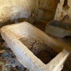 Antigüedades: PILA DE LAVANDERA ANTIGUA DE PIEDRA. Lote 220570311