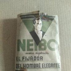 Antigüedades: MUESTRA FIJADOR NEIBO. EL FIJADOR DEL HOMBRE ELEGANTE BARBERIA PERFUMES ARAUJO VER LEER ENVIO. Lote 220595698
