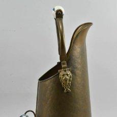 Antigüedades: MAGNIFICA MUY ANTIGUA JARRA EN BRONCE 50 CM CON DOS ASAS PORCELANA PP. S. XIX 270 EU.. Lote 220617921