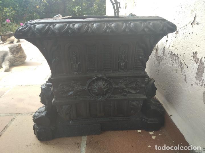 Antigüedades: INCREÍBLES JARDINERAS ART NOUVEAU - MODERNISTA - DÉCO DE HIERRO FORJADO - FUNDIDO PRINCIPIOS S. XX. - Foto 4 - 220667220