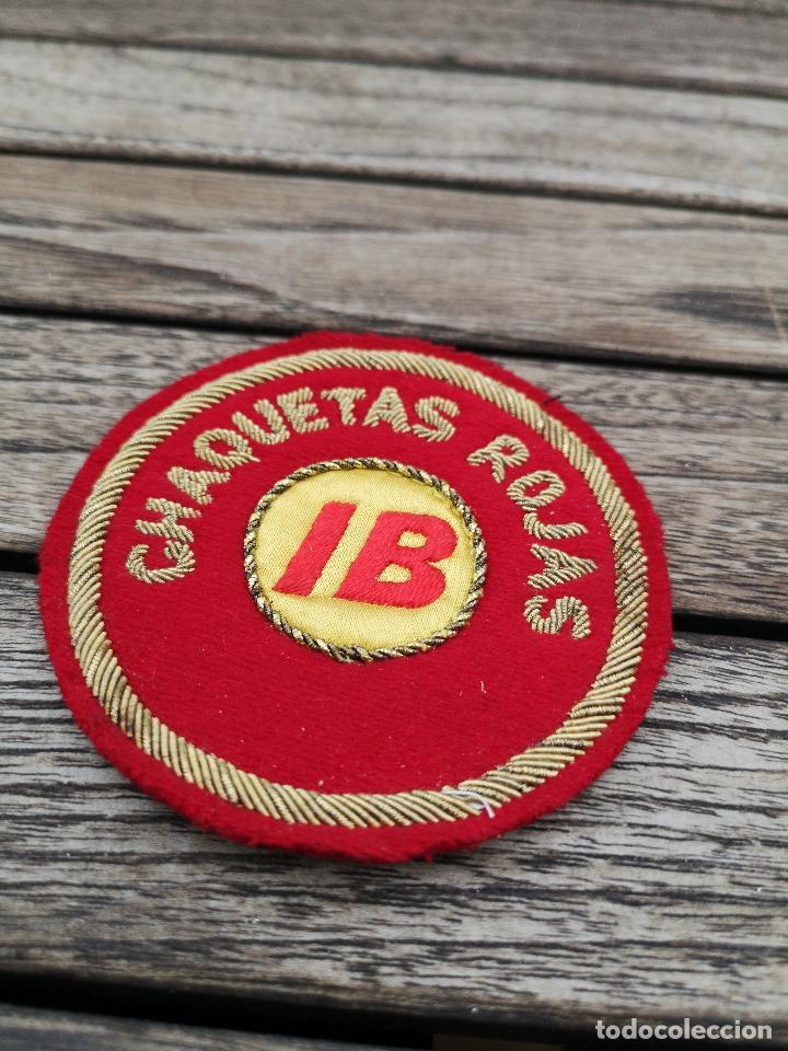Antigüedades: IBERIA Bordado para uniforme de Chaquetas Rojas Logotipo años 70 - Foto 2 - 220682830