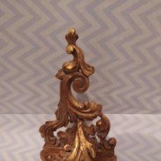 Antiquités: ANTIGUA MENSULA TALLADA A MANO Y TERMINADA EN PAN DE ORO. Lote 220745157