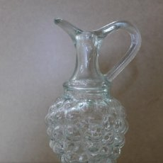 Antigüedades: BOTELLA CRISTAL FORMA RACIMO UVAS. Lote 220751080