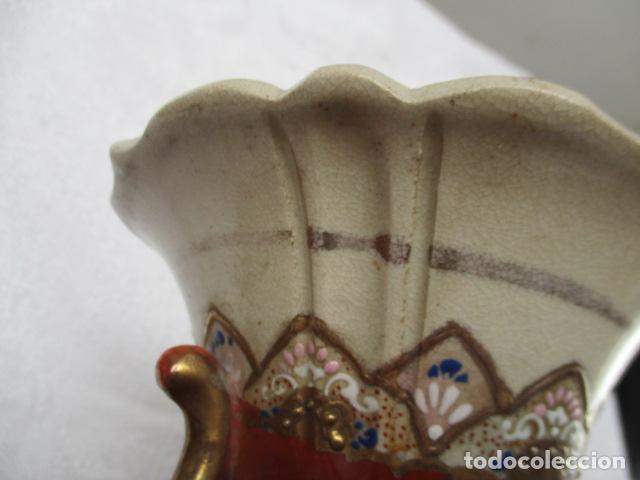 Antigüedades: ESPECTACULAR Y ANTIGUO JARRÓN ORIENTAL DE CERÁMICA / SAMURAIS - JAPÓN - PINTADO A MANO, FIRMADO - Foto 2 - 220761598