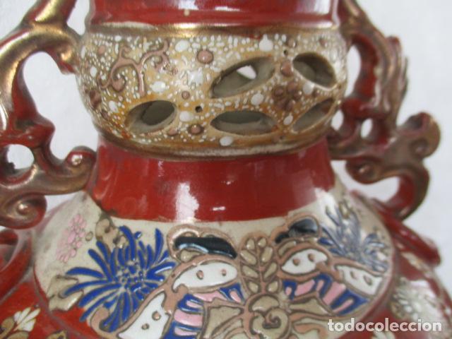 Antigüedades: ESPECTACULAR Y ANTIGUO JARRÓN ORIENTAL DE CERÁMICA - JAPÓN - PINTADO A MANO, FIRMADO / SAMURAIS - Foto 4 - 220761598