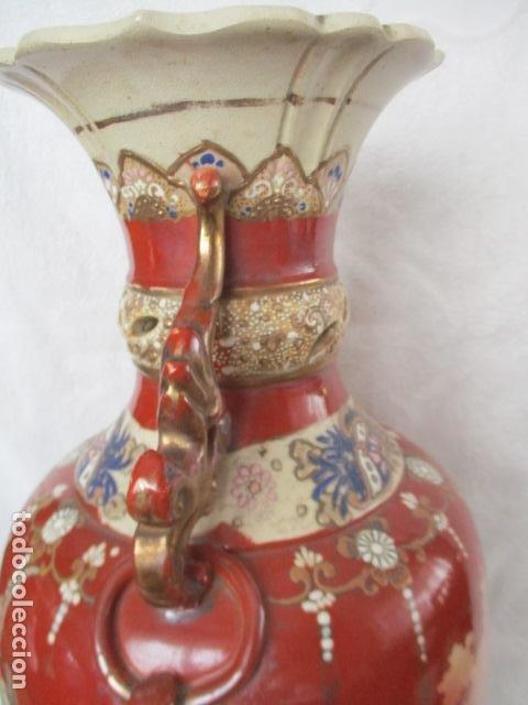 Antigüedades: ESPECTACULAR Y ANTIGUO JARRÓN ORIENTAL DE CERÁMICA / SAMURAIS - JAPÓN - PINTADO A MANO, FIRMADO - Foto 16 - 220761598