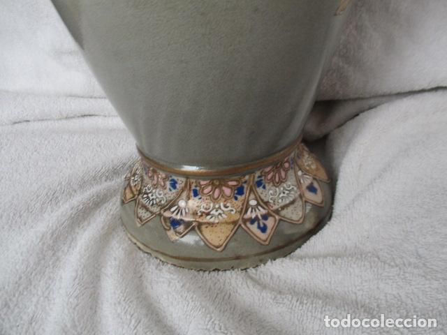 Antigüedades: ESPECTACULAR Y ANTIGUO JARRÓN ORIENTAL DE CERÁMICA - JAPÓN - PINTADO A MANO, FIRMADO / SAMURAIS - Foto 27 - 220761598