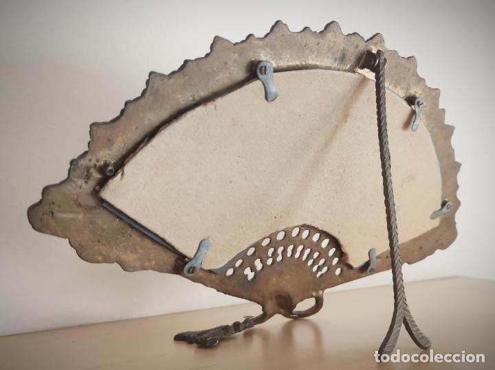 Antigüedades: Espejo biselado de sobremesa - bronce macizo de principios del SXX en forma de abanico - victoriano - Foto 8 - 220897518