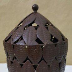 Antigüedades: CANDELABRO TIPO FAROL DE HIERRO FORJADO. Lote 220915132