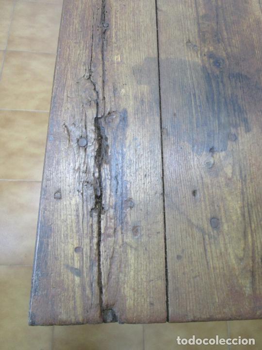 Antigüedades: Antigua Mesa Larga Rústica - Patas y Sobre en Madera de Olmo - Largo 235 cm - S. XIX - Foto 10 - 220966603