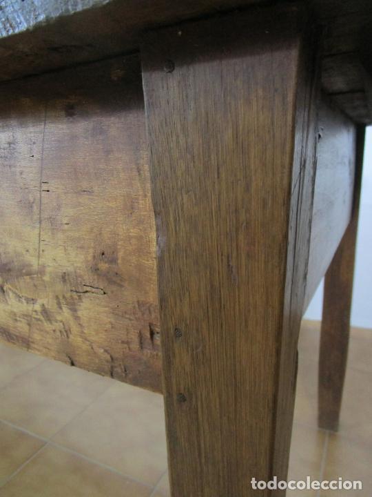 Antigüedades: Antigua Mesa Larga Rústica - Patas y Sobre en Madera de Olmo - Largo 235 cm - S. XIX - Foto 13 - 220966603