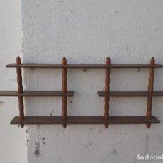 Antigüedades: PEQUEÑA ESTANTERIA. Lote 220975592
