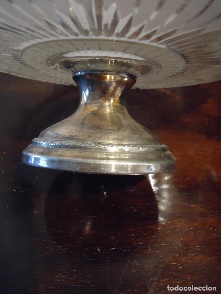 Antigüedades: Frutero, repostero, centro de Mesa siglo XIX en cristal tallado - Foto 3 - 220979815