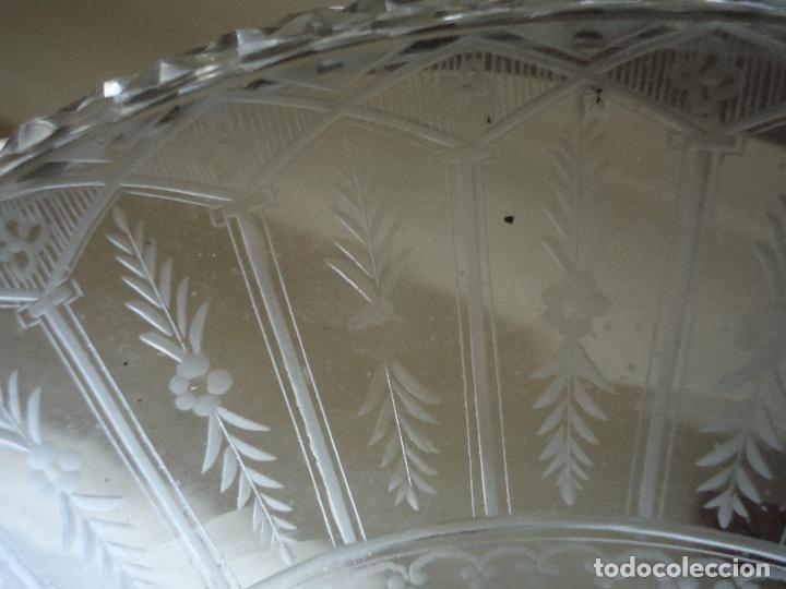 Antigüedades: Centro de Mesa repostero frutero siglo XIX en cristal tallado - Foto 5 - 220980811