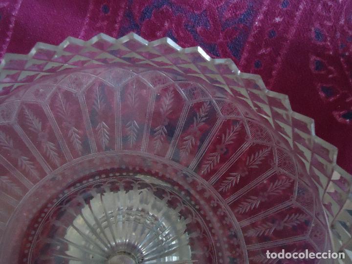 Antigüedades: Centro de Mesa repostero frutero siglo XIX en cristal tallado - Foto 8 - 220980811