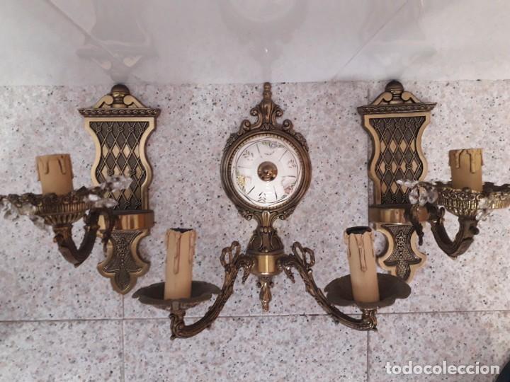 Antigüedades: Tres Apliques de pared en bronce en perfecto estado - Foto 2 - 221119821