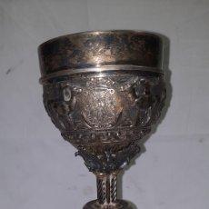 Antigüedades: CÁLIZ DE PLATA ESTILO BARROCO MUY ORNAMENTADO SIGLO XIX. Lote 221130635