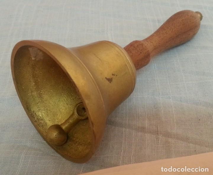 Antigüedades: Campanilla de mesa. Estilo vintage. Mango de madera - Foto 2 - 221148608
