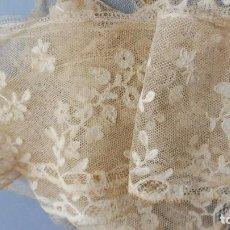 Antigüedades: ANTIGUO ENCAJE DE BRUSELAS S. XIX. Lote 237804075