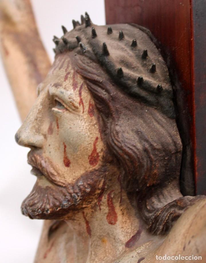 Antigüedades: IMPORTANTE CRISTO EN HIERRO POLICROMADO DEL SIGLO XVIII - Foto 6 - 221231060
