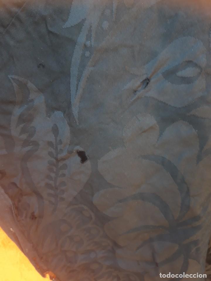 Antigüedades: Capa Pluvial en seda adamascada, hacia 1900 o anterior. - Foto 7 - 221232916