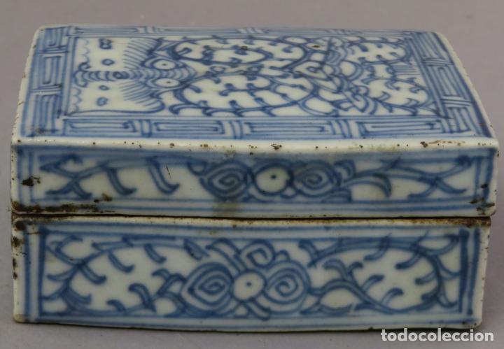 Antigüedades: Caja de cerámica China Blue and white pintada en azul con decoración vegetal siglo XIX - Foto 3 - 221246490