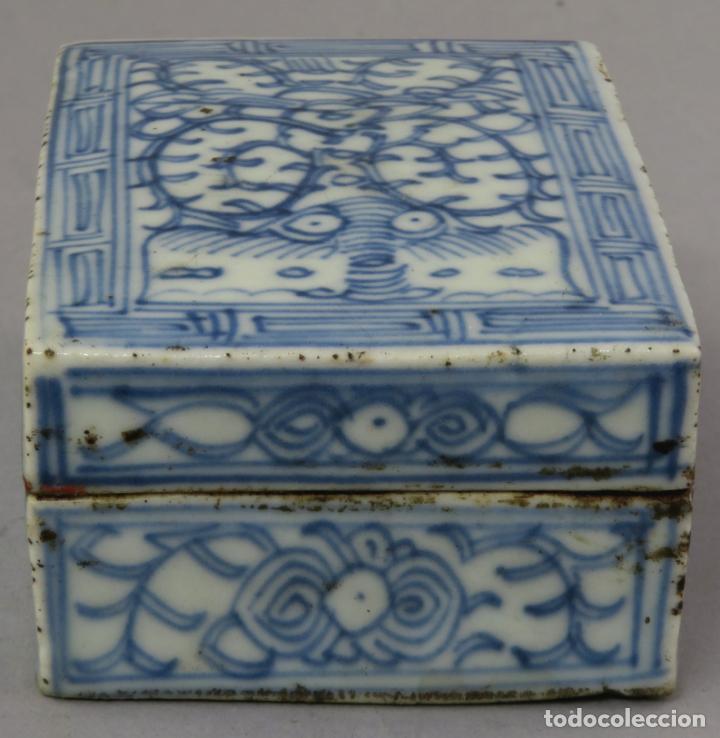 Antigüedades: Caja de cerámica China Blue and white pintada en azul con decoración vegetal siglo XIX - Foto 4 - 221246490