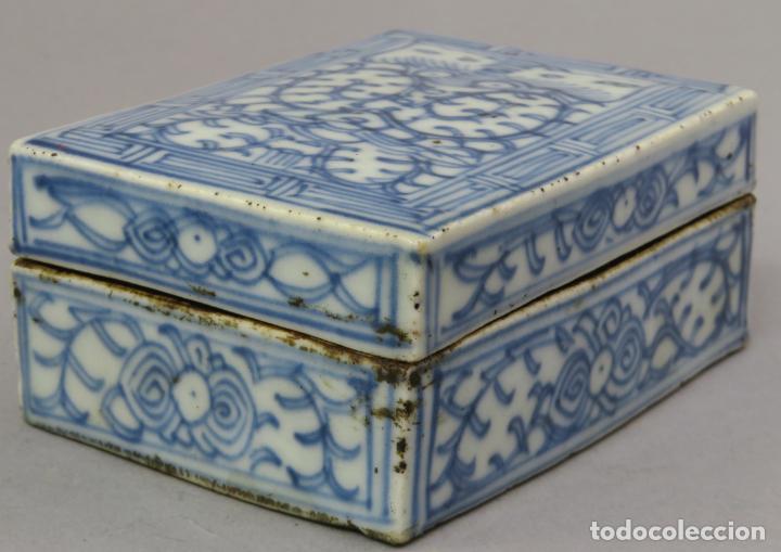 Antigüedades: Caja de cerámica China Blue and white pintada en azul con decoración vegetal siglo XIX - Foto 7 - 221246490