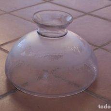 Antigüedades: ANTIGUA GRAN TULIPA DE CRISTAL GLASEADO GRABADO AL ACIDO PARA LAMPARA TECHO – 32 CM DIAMETRO. Lote 221260540