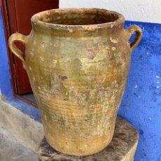 Antigüedades: TINAJA ANTIGUA VIDRIADA DE 45 CMS. DE ALTURA X 25 CMS. DIAMETRO EN LA BOCA. Lote 221260825
