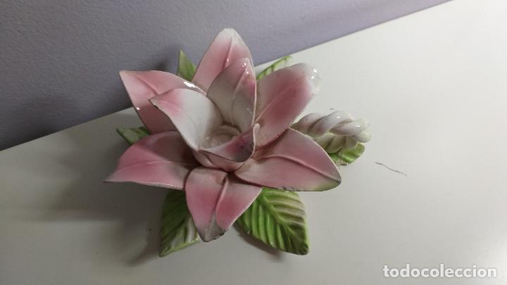Antigüedades: Centro de mesa en forma de flor. Flor decorativa. - Foto 3 - 221268645