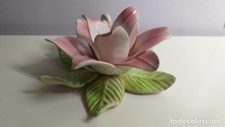 Antigüedades: Centro de mesa en forma de flor. Flor decorativa. - Foto 6 - 221268645