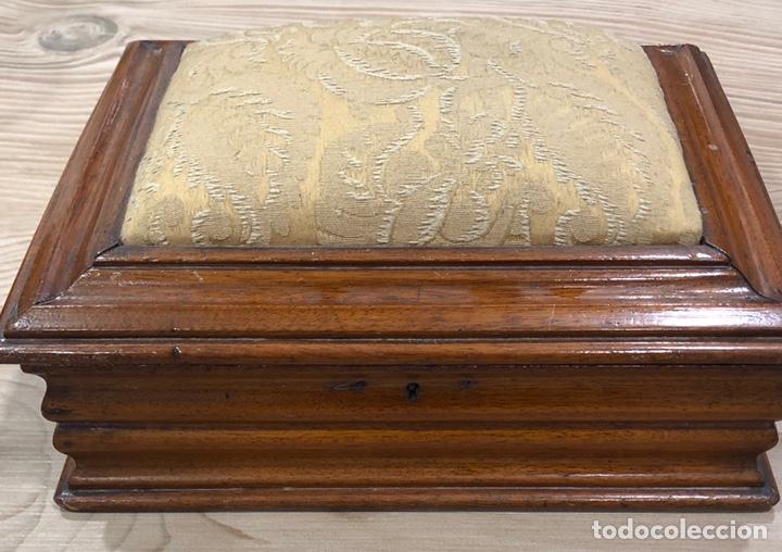 Antigüedades: Preciosa caja-costurero, Victoriana de caoba, de mediados de S. XIX. - Foto 2 - 221298456