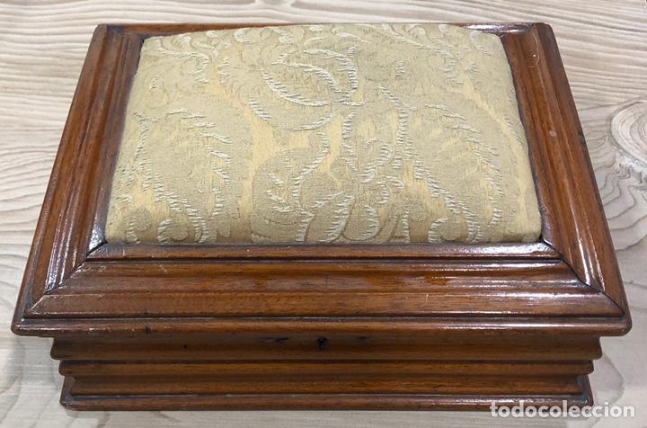 PRECIOSA CAJA-COSTURERO, VICTORIANA DE CAOBA, DE MEDIADOS DE S. XIX. (Antigüedades - Hogar y Decoración - Cajas Antiguas)