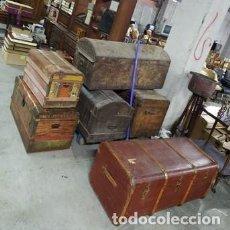 Antigüedades: ANTIGUO BAUL MADERA Y LATÓN ASAS CUERO.PERFECTO PARA MESA DE CENTRO.MADERA FORRADA EN ANTIGUO LIENZO. Lote 221306872