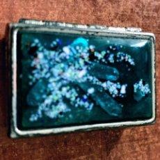 Antigüedades: CAJA/ PASTILLERO ESMALTE VERDE. RECTANGULAR. Lote 221328528