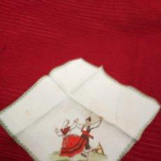 Antigüedades: ANTIGUO PAÑUELO TO RECUERDO DE AVILÉS. Lote 221337037