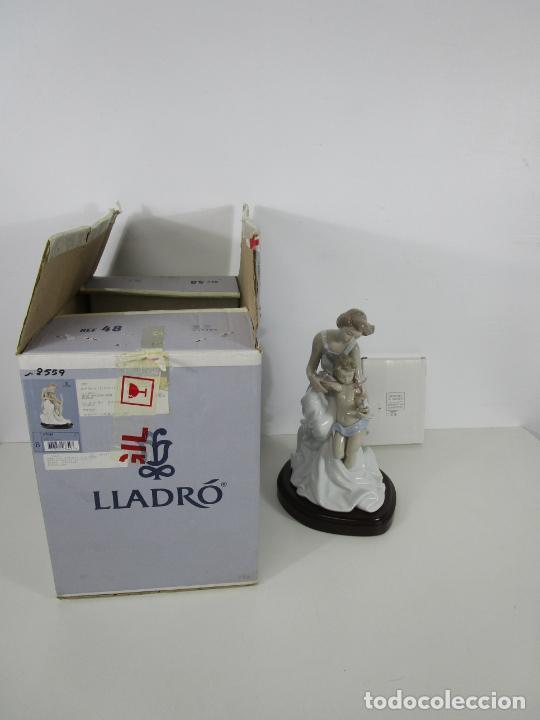 Antigüedades: Porcelana Lladró - La Infancia - Edición Limitada y Numerada - con Certificado y Caja - Foto 2 - 221344877