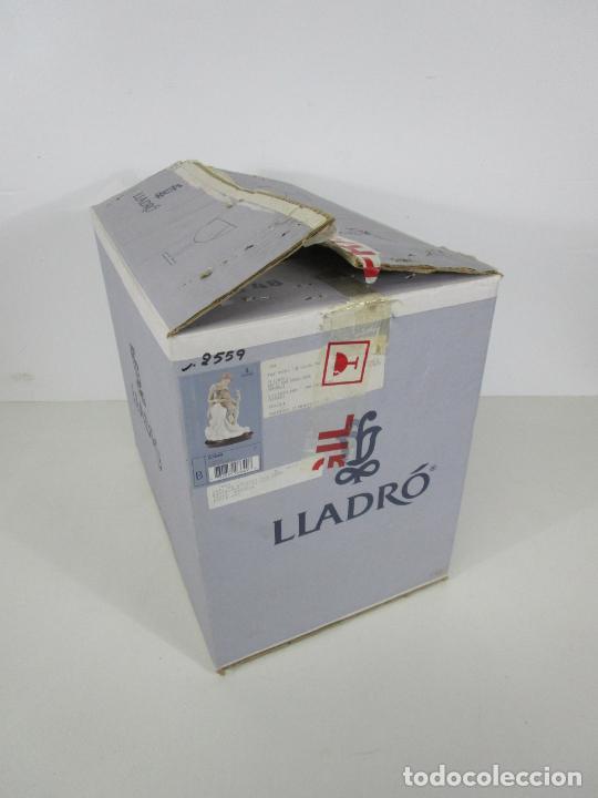 Antigüedades: Porcelana Lladró - La Infancia - Edición Limitada y Numerada - con Certificado y Caja - Foto 4 - 221344877