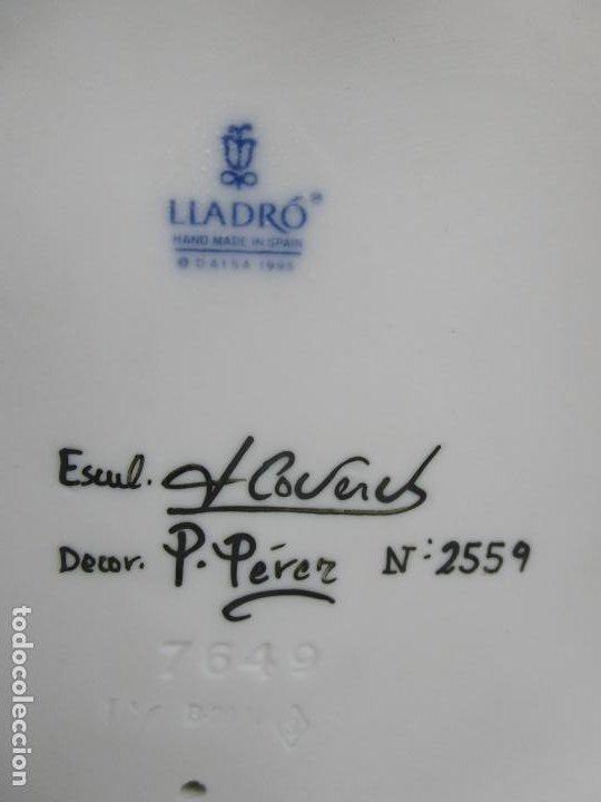 Antigüedades: Porcelana Lladró - La Infancia - Edición Limitada y Numerada - con Certificado y Caja - Foto 25 - 221344877