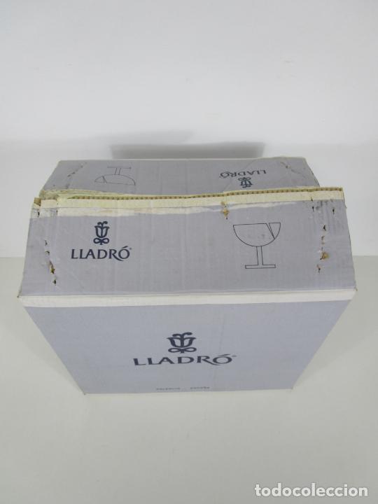 Antigüedades: Porcelana Lladró - La Infancia - Edición Limitada y Numerada - con Certificado y Caja - Foto 28 - 221344877