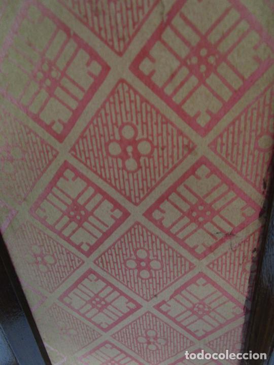 Antigüedades: Antigua Capilla Neogótica - Vitrina - Madera de Haya - Ideal Virgen, Santo, etc - Finales S. XIX - Foto 23 - 221355657