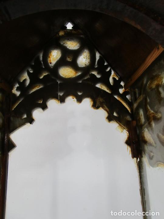 Antigüedades: Antigua Capilla Neogótica - Vitrina - Madera de Haya - Ideal Virgen, Santo, etc - Finales S. XIX - Foto 25 - 221355657